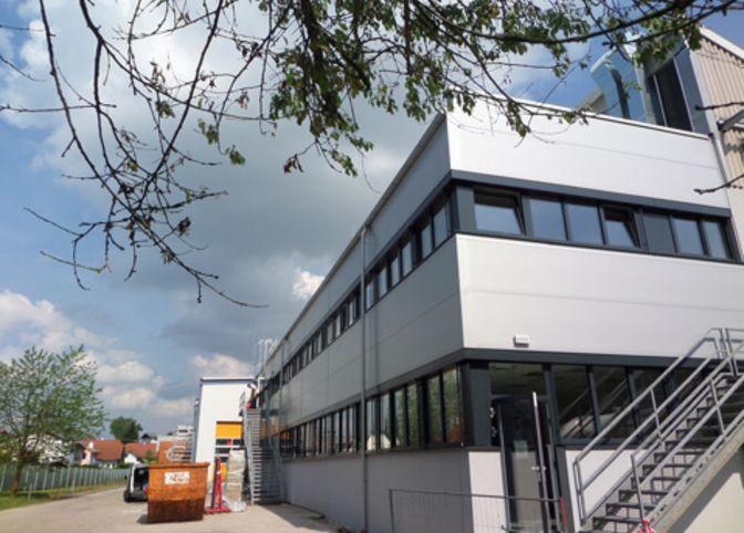Sanierung und Erweiterung Büro R&D