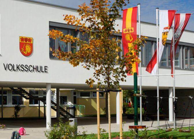 Volksschule Regau